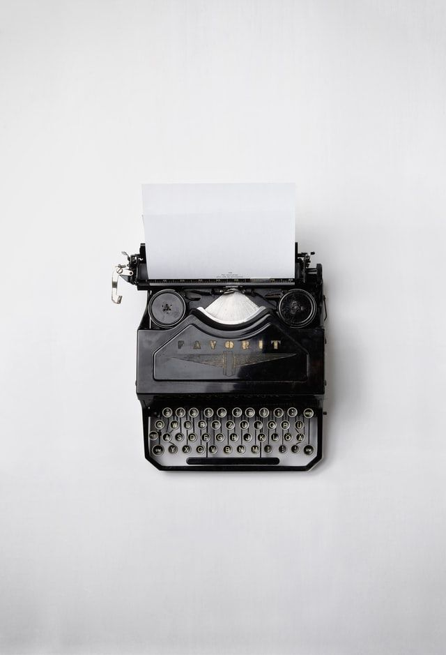 Photo of a typewriter by Florian Klauer on Unsplash