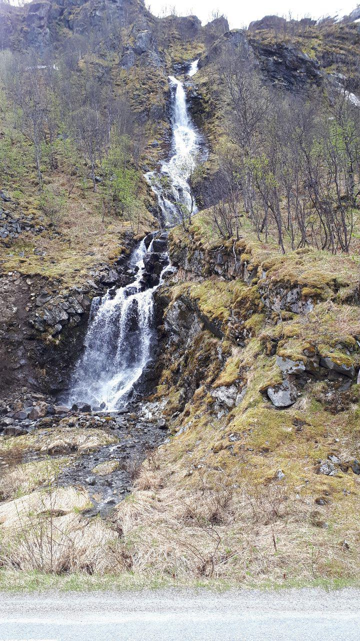 A nice waterfall I cycled past