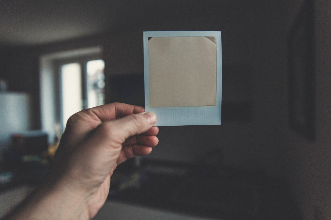 image of a blank instant picture