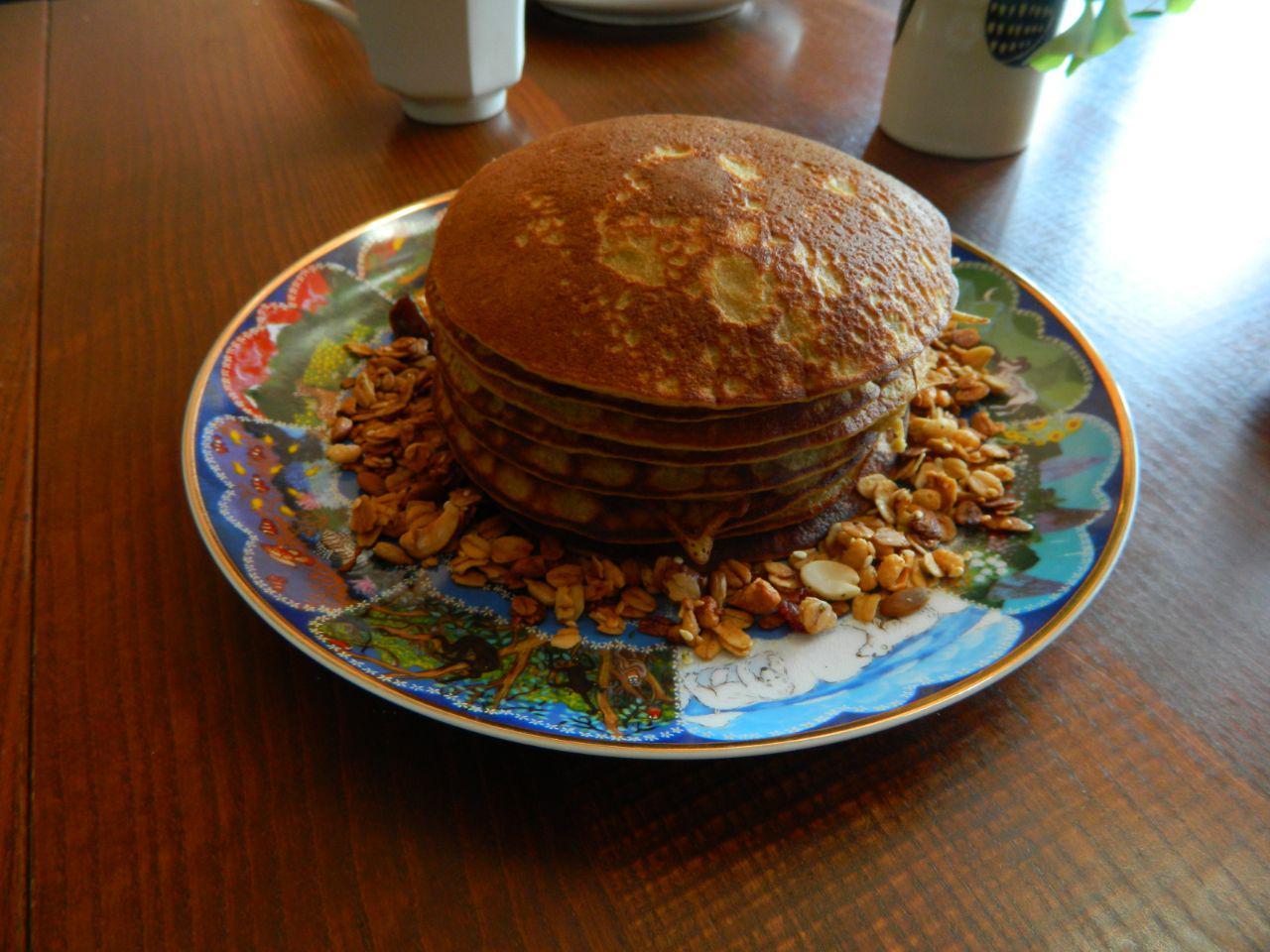 Banana Oat Pancake Stack - 20.5.10