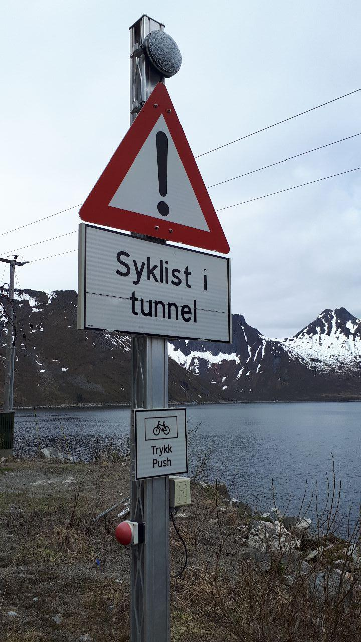 cyclist tunnel button