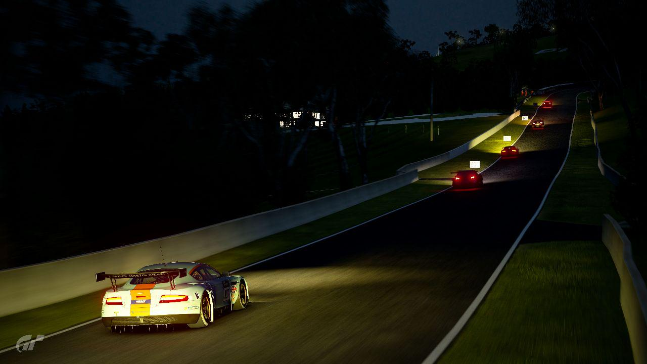 An Hour of Bathurst at Night