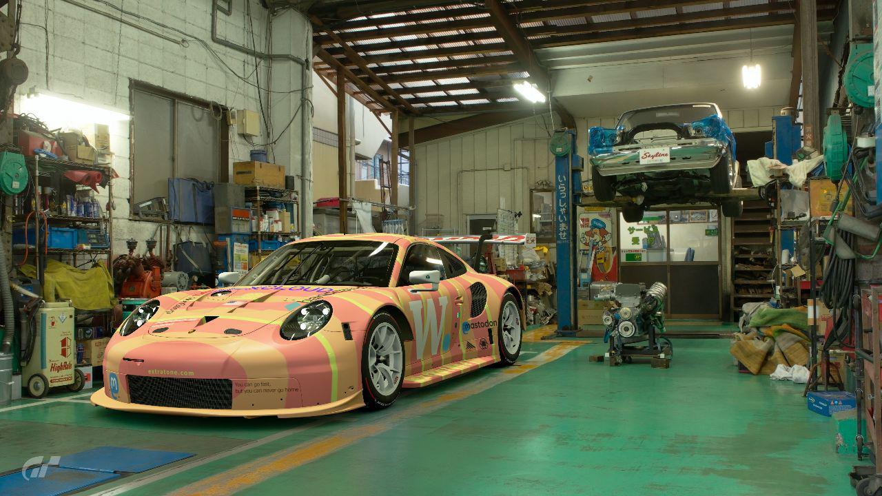 Extratone Racing Porsche 911 RSR