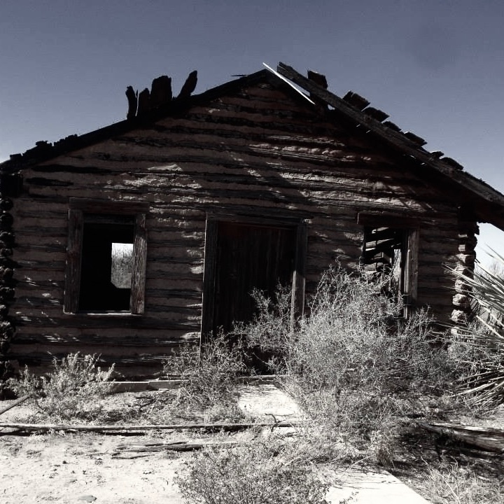 An abandoned scout shack in Texon, TX