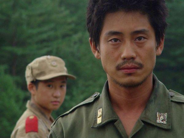 Ha-kyun Shin plays Pyo Hyun-Chul, a 2nd Lt. from the South Korean unit